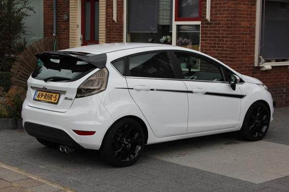 Fiesta Mk7 5 Door side stripes black
