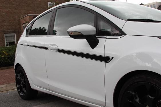 Fiesta Mk7 5 Door side stripes White 3