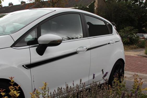 Fiesta Mk7 5 Door side stripes White 7