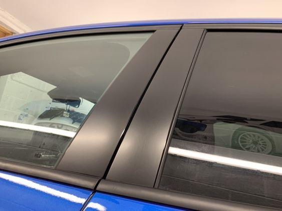 Focus Mk4 Hatchback - Door Pillar decals - Satin Black