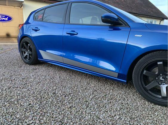 Focus Mk4 Lower Side Stripes 4