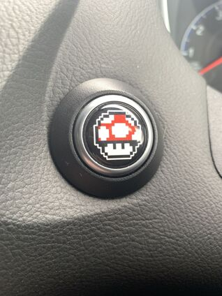 Super Mario Power Up Mushroom - Start Button Badge - 20mm